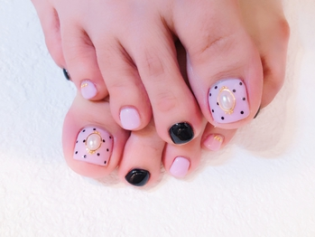 girly foot nail!