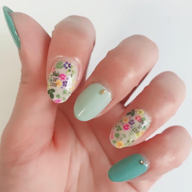 ネイルシール セリア 花