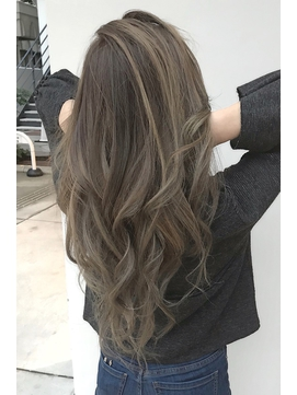 2020年春 ロング 巻き髪のヘアスタイル ヘアアレンジ 髪型一覧