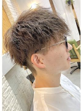 2021年春メンズ完全版】ツイストパーマのヘアスタイル・ヘアアレンジ・髪型一覧 BIGLOBE Beauty