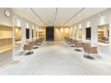TREAT HAIR DESIGN 浦安店 店内